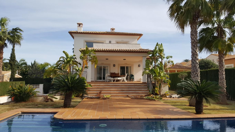 Detached Villa in Denia